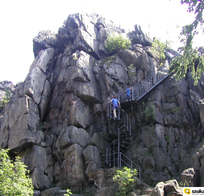 schody na szczyt Sokolików