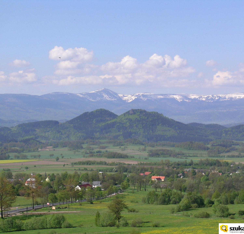 Widok na Sokoliki i Karkonosze
