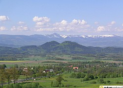Widok na Sokoliki i Karkonosze | fot. Tenet