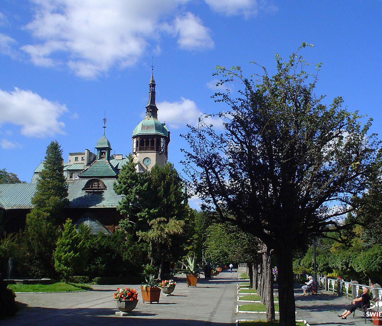 Dom Zdrojowy lato - Swieradów Zdrój
